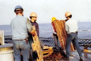 Clearing pallets Helo Detail Nov 1971